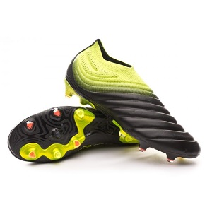 hot sales 1b15d 1d2bd adidas Copa 19 Black